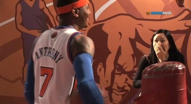 Carmelo Anthony pegadinha Madame Tussaud New York (Foto: Reprodução SporTV)