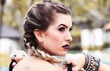 Lorena Improta adere à moda da trança boxeadora
