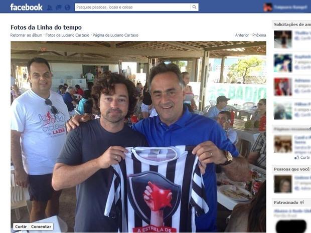 Emilio Ociollo Neto também exibe camisa do Botafogo-PB (Foto: Reprodução/Facebook)