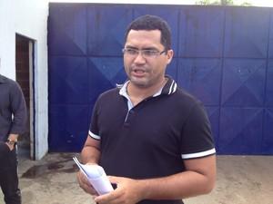 Diretor da Irmão Guido capitão Paulo Roberto fala sobre o assunto. (Foto: Gil Oliveira/G1)