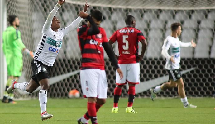 coritiba x vitória copa sul-americana (Foto: Giuliano Gomes/PR Press)