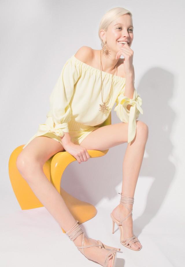 Look total Le Lis Blanc (Foto: Reprodução/Vogue Brasil)