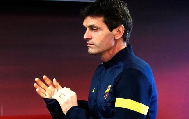 Tito Vilanova na coletiva do Barcelona (Foto: Reuters)
