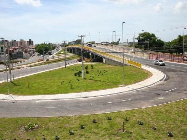 Tráfego embaixo da ponte do 'viaduto do Detran' será interditado para obra (Foto: Seinfra/Divulgação)