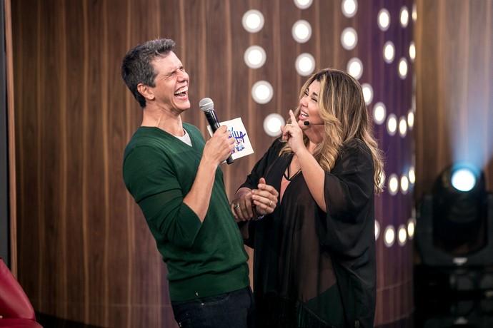 Fabiana consegue deixar todo mundo com o riso frouxo (Foto: Isabella Pinheiro/ Gshow)