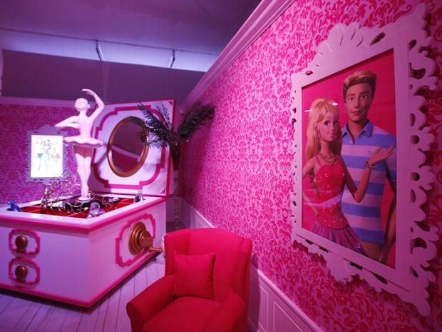 Amabiente da Casa dos Sonhos da Barbie, em Berlim (Foto: Fabrizio Bensch/Reuters)