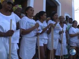 Lavagem Itaúão Salvador Bahia 1 (Foto: Reprodução/TV Bahia)