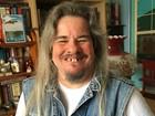 O canadense que descobriu ser intersexual ao ganhar barba e menstruar aos 12 anos