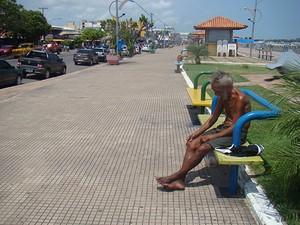 Cidade tem aproximadamente 70 moradores de rua (Foto: Karla Lima/G1)