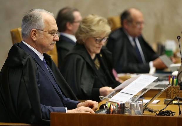 Ministro Edson Fachin durante sessão plenária do Supremo Tribunal Federal (STF) para julgamento da validade das delações da JBS (Foto: José Cruz/Agência Brasil)