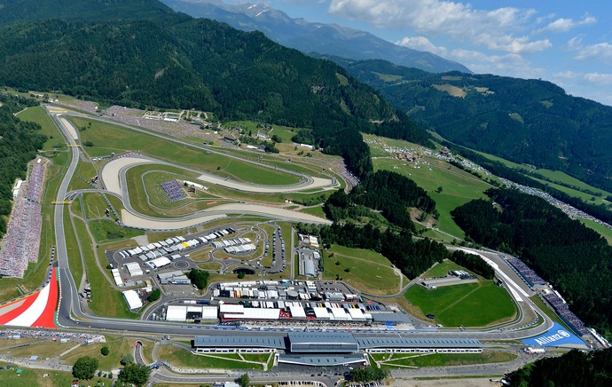 Vista aérea do circuito de Spielberg GP da Áustria (Foto: Agência EFE)