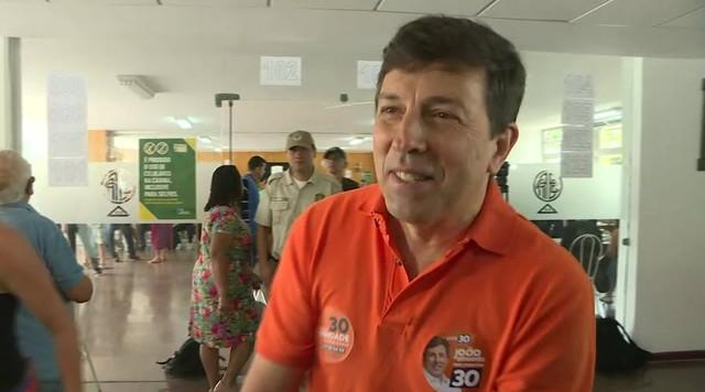 João Amoêdo, candidato à Presidência pelo Novo, vota no Rio de Janeiro