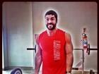Ex-BBB Kadu vai para academia no feriado e mostra corpo bem mais forte