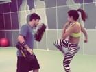 Anitta faz treino de luta e mostra corpo em forma