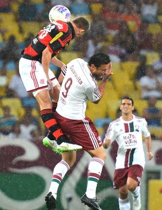 Jonas e Fred, Flamengo X Fluminense (Foto: Marcello Dias / Futura Press)
