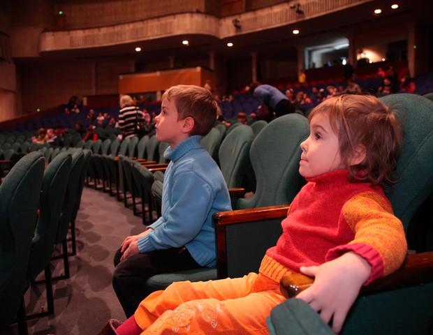 crianca_teatro (Foto: Shutterstock)