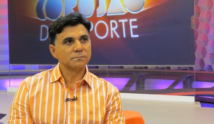 Ricardo Rocha no Corujão do Esporte (Foto: Daniel Cardoso)