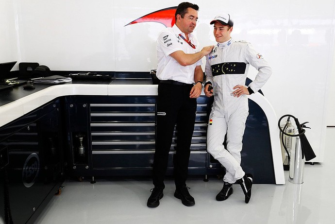 Stoffel Vandoorne estreia na Fórmula 1 no GP do Bahrein (Foto: Divulgação)