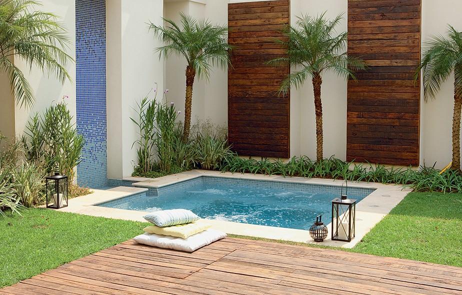 Fotos jardins piscinas datoonz jardins com piscinas for Piscinas e jardins