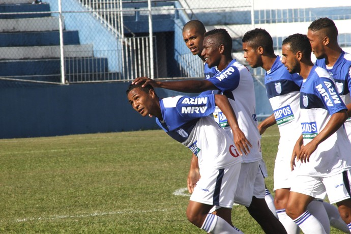 Gol de Wandinho, goytacaz x duque (Foto: Carlos Grevi / Agência Ururau)