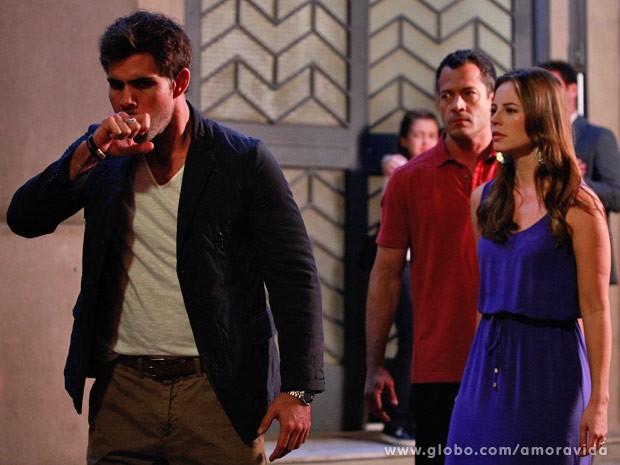 Ninho não acredita que Paloma bateu em seu rosto (Foto: Ellen Soares/ TV Globo)