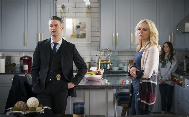 """Law and Order: SVU - """"In Loco Parentis"""" (15Ep19T)"""