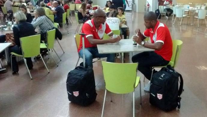 Boaventura audalio aeroporto crb (Foto: Leonardo Freire/GloboEsporte.com)