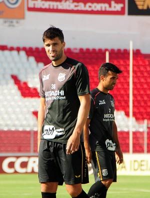 Diego Sacoman, zagueiro da Ponte (Foto: Raul Pereira/ GloboEsporte.com)