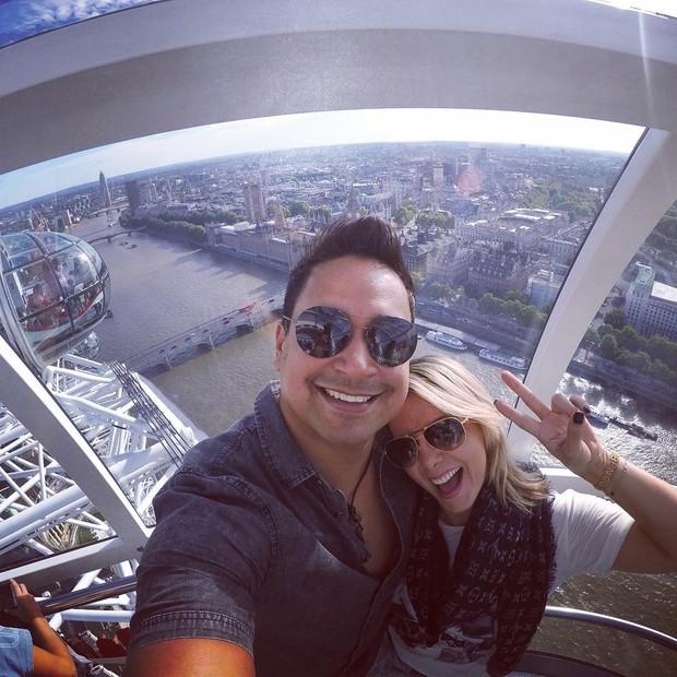 Xanddy e Carla Perez na London Eye (Foto: Reprodução/Instagram)
