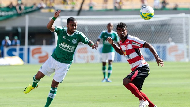 Wesley e Thiago Palmeiras x Linense (Foto: Leandro Martins / Futura Press)