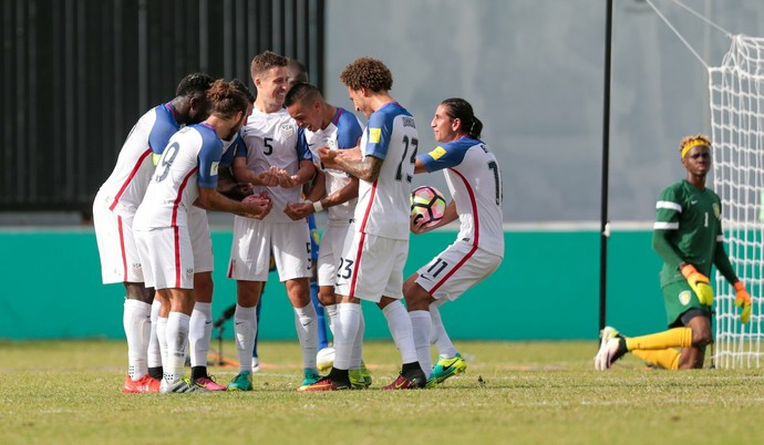 Matt Besler, São Vicente e Granadinas x Estados Unidos (Foto: Twitter / @ussoccer)