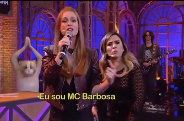 MC Barbosa: Marina Ruy Barbosa mostra seu lado rapper ao lado de Tatá Werneck (Foto: reprodução/instagram)