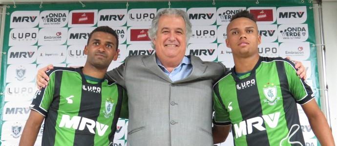 Pablo e Paulinho, reforços do América-MG (Foto: Carlos Cruz / América-MG)