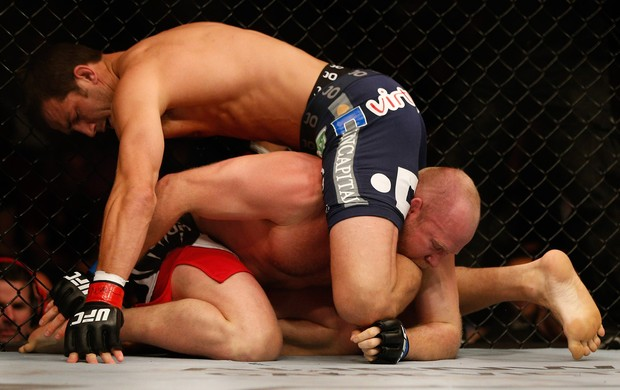 MMA - UFC 172 - Luke Rockhold x Tim Boestsch (Foto: Getty Images)