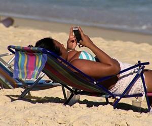Max Gehringer dá dicas para quem não consegue se desligar durante as férias (Reprodução)