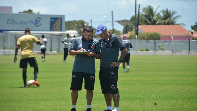 Itamar Schulle, treinador do Botafogo-PB,  Schulle, Schülle, (Foto: Edgley Lemos / GloboEsporte.com/pb)