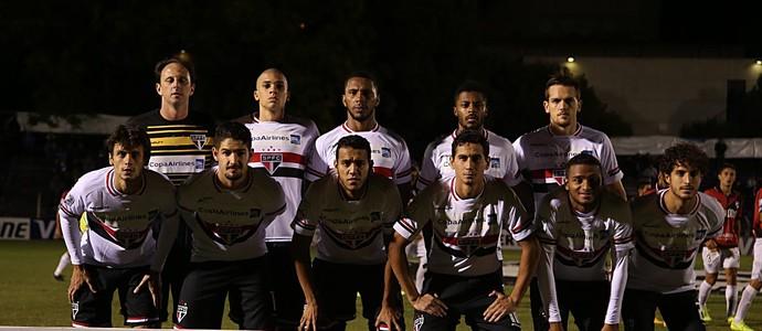 Time posado São Paulo (Foto: Rubens Chiri / site oficial do São Paulo FC)