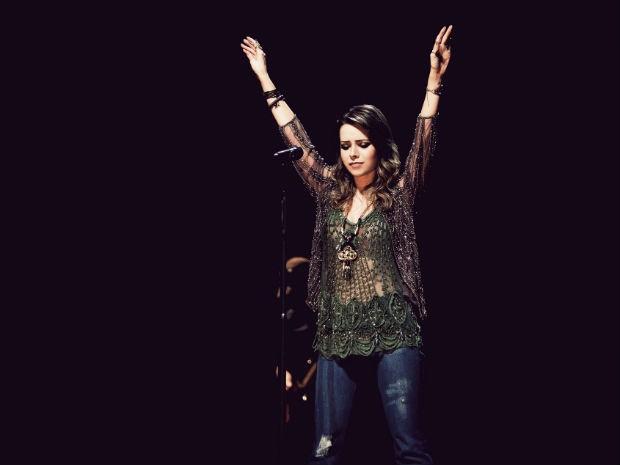 Após seis anos, Sandy volta aos palcos de Sorocaba e apresenta o seu segundo álbum solo, 'Sim' (Foto: Divulgação)