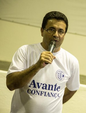 Luiz Roberto foi reeleito no Confiança (Foto: Filippe Araújo/FSF)