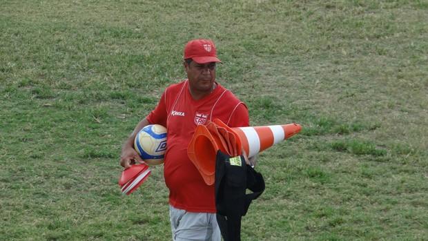Eduardo Ortiz, preparador físico do CRB (Foto: Leonardo Freire/GLOBOESPORTE.COM)