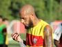 Paulinho 12º jogador e Cleiton por tempo limite: as substituições de Argel