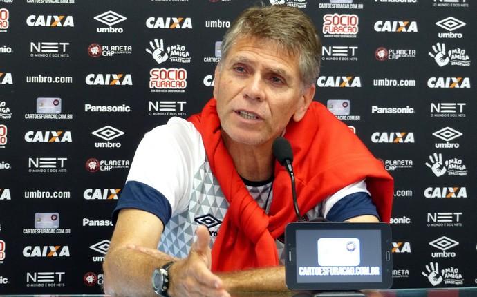 Paulo Autuori Atlético-PR (Foto: Monique Silva)