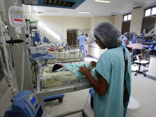 Bebês siameses estavam internados há dois dias na UTI neo natal da Santa Casa de Misericórdia, em Belém. (Foto: Elielson Modesto/Amazônia Hoje)