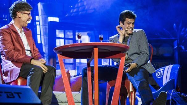 Téo Pereira e Félix fazem encontro inédito em evento que fez retrospectiva da Responsabilidade Social da Globo em 2014 (Foto: Aline Massuca/Globo)