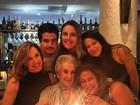Claudia Raia comemora os 93 anos da mãe com Enzo e Sophia