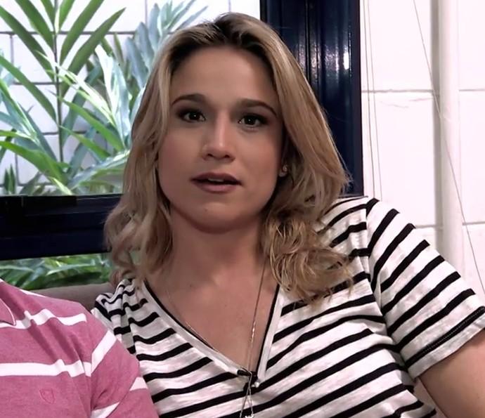 Fernanda Gentil fala ao lado do irmão (Foto: Gshow)