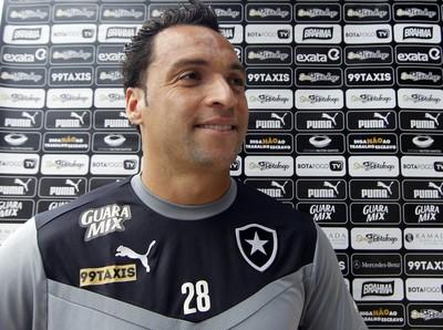 Daniel Carvalho entrará em campo com o filho neste sábado (Foto: Vitor Silva / SSPress)