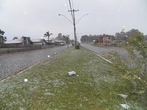 Em 2012, RS registrou neve em pleno setembro  (Foto: Divulgação/Elton Policastro/Prefeitura de Bom Jesus)