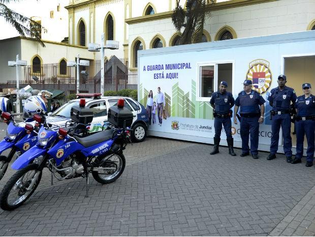 Pelo menos 16 GMs se revezarão na base da GM (Foto: Dorival Pinheiro Filho)