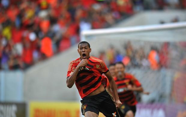 Joelinton Sport x São Paulo (Foto: Aldo Carneiro / Pernambuco Press)
